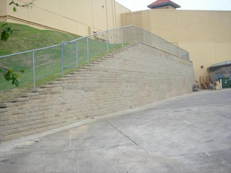 Arlington TX Retaining Walls